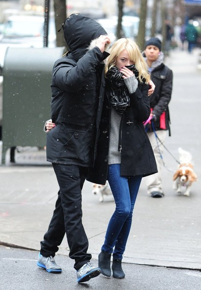 More Pics of Emma Stone Skinny Jeans (9 of 12) - Emma Stone Lookbook - StyleBistro