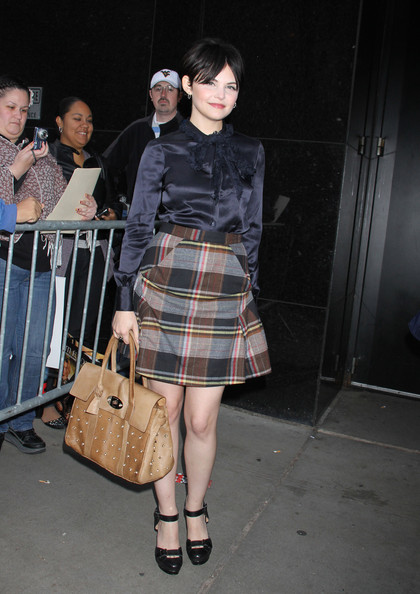 Ginnifer Goodwin Clothes