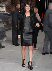 To match her black leather bomber, Cobie chose a leather pencil skirt.