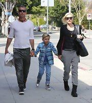Gavin Rossdale chose a pair of classic jeans for his daytime look while out with his wife and son.