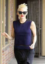 Gwen Stefani was spotted out in LA wearing a stylish pair of thick-rimmed wayfarers.