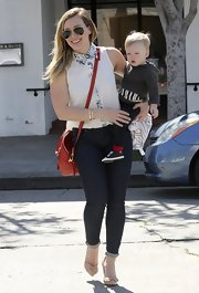 Hilary Duff's rolled up skinny jeans gave her a retro-Audrey Hepburn feel while out with son Luca.