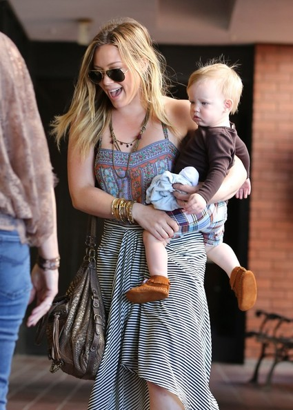 More Pics of Hilary Duff Maxi Dress (1 of 26) - Hilary Duff Lookbook - StyleBistro