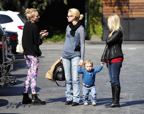 More Pics of Diane Kruger Skinny Pants (1 of 15) - Diane Kruger Lookbook - StyleBistro