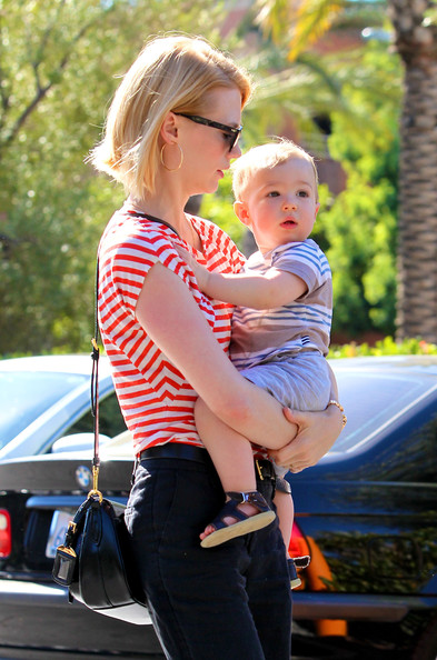 More Pics of January Jones T-Shirt (5 of 45) - January Jones Lookbook - StyleBistro