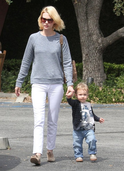 More Pics of January Jones Skinny Jeans (4 of 68) - January Jones Lookbook - StyleBistro