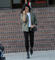 Jenna Dewan-Tatum chose a pair of black skinny jeans to team with her jacket.