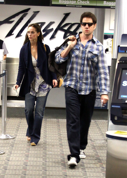 Jamie Kennedy prioritized comfort by choosing a flannel button-down to take a flight out of Burbank airport