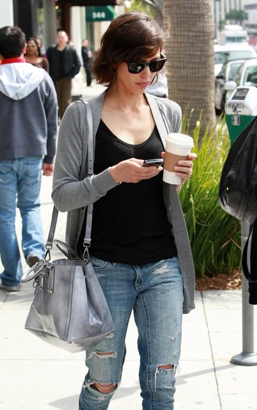 ripped jeans women. Jessica Alba Ripped Jeans