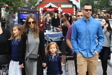 Jessica Alba Cash Warren Jessica Alba and Her Family Visit the Santa House at The Grove