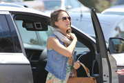 Jessica+Alba+Jessica+Alba+Takes+Girls+Easter+XQJ4RORzfg2s Look of the Day: Jessica Albas 90s Spring Style