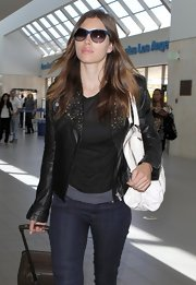 While traveling through LAX Jessica Biel showed off her casual side in a cool leather jacket.