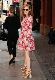 Chunky Prada platform sandals added a retro vibe to Jessica Chastain's attire.