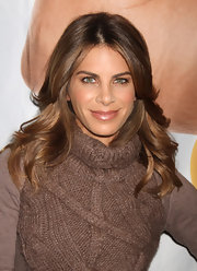 Jillian Michaels wore a soft warm nude lipstick with a pearlescent finish while speaking with fans.