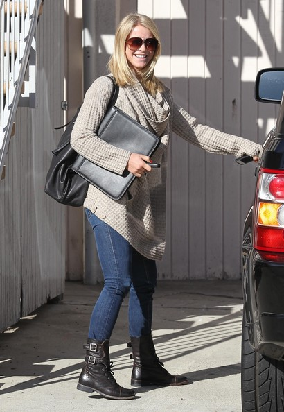 More Pics of Julianne Hough Leather Hobo Bag (1 of 8) - Leather Hobo Bag Lookbook - StyleBistro