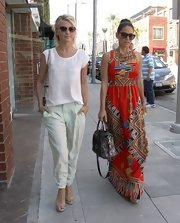 We just love Julianne Hough's effortlessly cool look, which she topped off with this pair of pale green slacks.