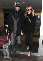 Kate Bosworth was moody-broody in an all-black turtleneck/skinnies combo as she arrived at LAX.
