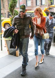 Kate Bosworth styled her casual outfit with a pair of multicolored booties.
