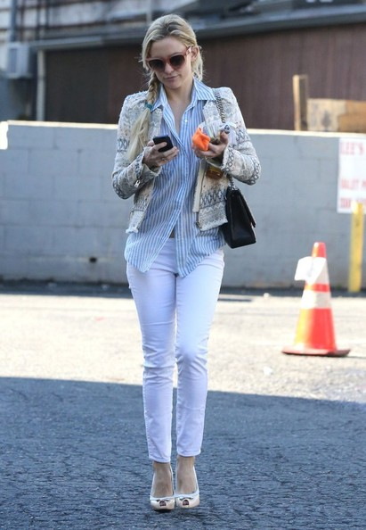 More Pics of Kate Hudson Skinny Jeans (5 of 12) - Jeans Lookbook - StyleBistro []