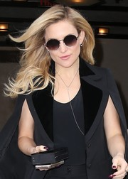 Kate Hudson looked cool wearing these round shades by Linda Farrow while out in New York City.