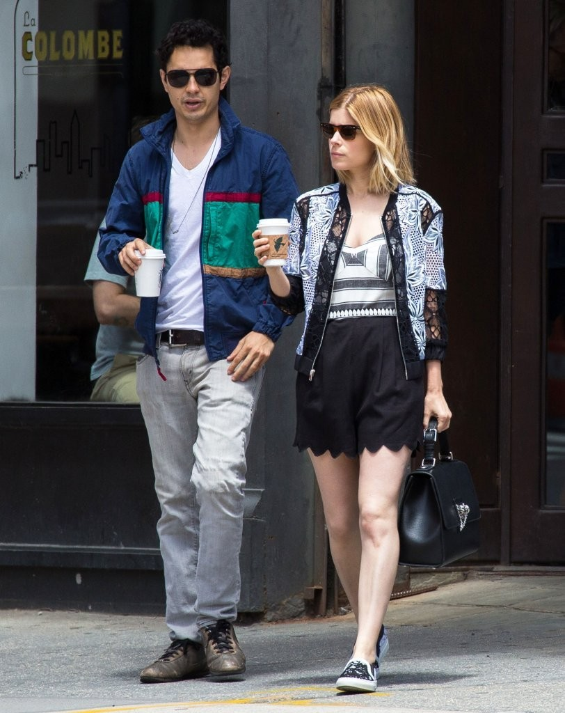 Kate Mara and Max Minghella Get Coffee