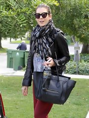 Kate Walsh channeled old-Hollywood stars with cateye sunglasses and a patterned scarf while out in Los Feliz.