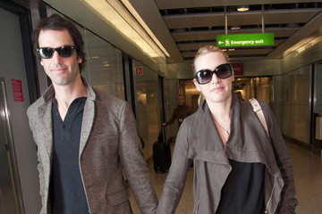 Kate Winslet Ned Rocknroll Kate Winslet and Ned Rocknroll at Heathrow 2