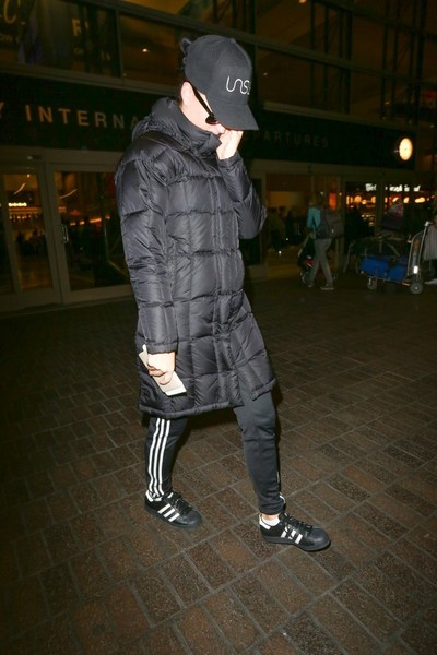 Katy Perry Leather Sneakers []