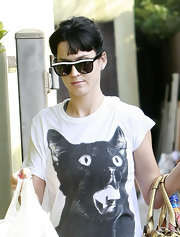 Katy Perry shows off her retro-style 'Frank' sunglasses while doing a little bit of grocery shopping.