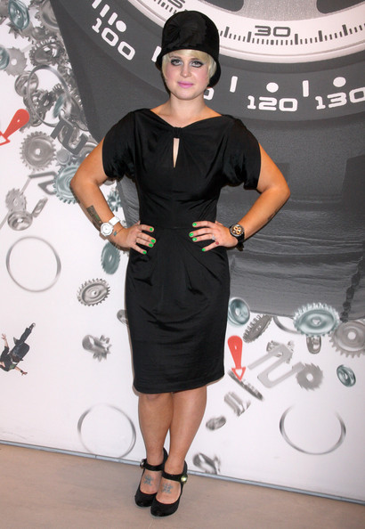 More Pics of Kelly Osbourne Cloche (1 of 7) - Kelly Osbourne Lookbook - StyleBistro