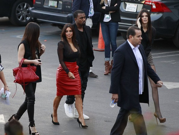 Kim Kardashian Attends 'X-Factor' Taping With Her Sisters And Boyfriend