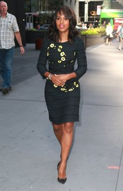 Kerry Washington paired her lovely dress with embellished black mesh pumps by Christian Louboutin.