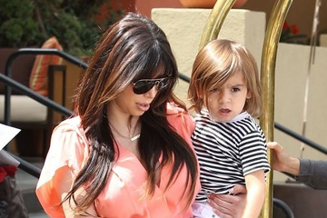 Kim Kardashian Mason Disick Pregnant Kim Kardashian & Kris Jenner Out For Lunch After Church
