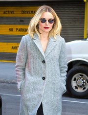 Kristen Bell was spotted outside her Manhattan hotel wearing chic round sunglasses by Krewe.
