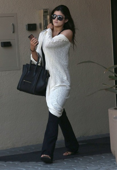 brave kylie jenner sweater outfits