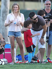 LeAnn Rimes kept things casually sophisticated at a soccer game in cutoff shorts and a pale pink button up.
