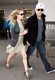 LeAnn Rimes was spotted at LAX in Lanvin pumps with black leather straps.