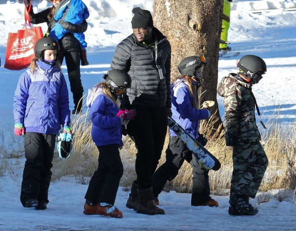 Seal Takes His Kids Skiing At Mammoth Mountain