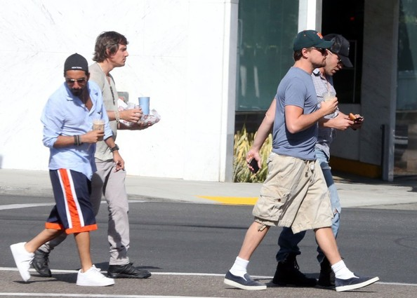 More Pics of Leonardo DiCaprio Canvas Shoes (1 of 5) - Leonardo DiCaprio Lookbook - StyleBistro