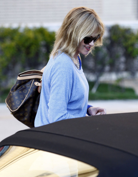 More Pics of Melanie Griffith Cateye Sunglasses (1 of 25) - Melanie Griffith Lookbook - StyleBistro