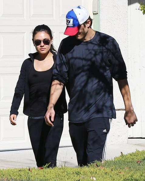 Mila & Ashton Out For A Saturday Morning Walk