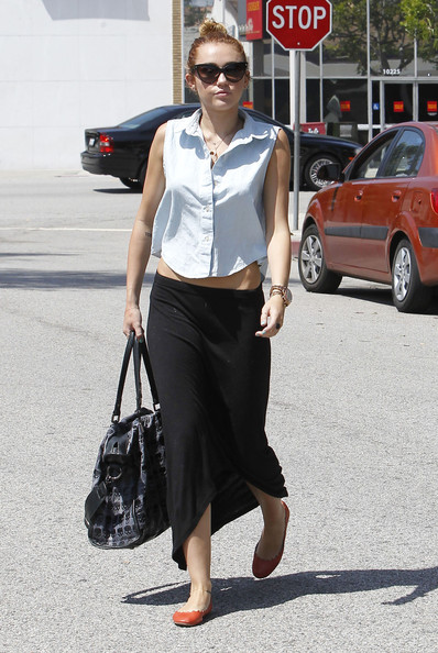 More Pics of Miley Cyrus Button Down Shirt (4 of 36) - Miley Cyrus Lookbook - StyleBistro