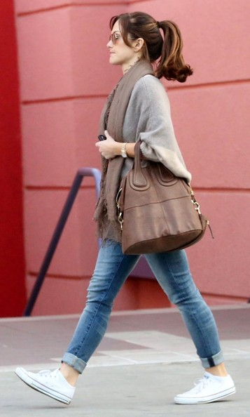 More Pics of Minka Kelly Classic Jeans (5 of 20) - Minka Kelly Lookbook - StyleBistro