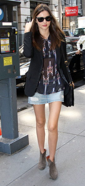 More Pics of Miranda Kerr Denim Dress (3 of 8) - Miranda Kerr Lookbook - StyleBistro