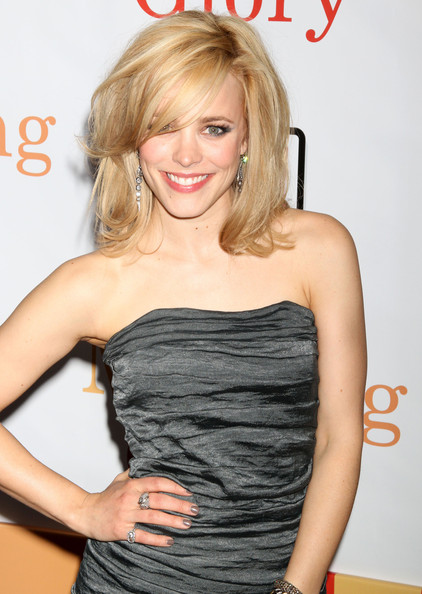More Pics of Rachel McAdams Diamond Ring (1 of 15) - Rachel McAdams Lookbook - StyleBistro