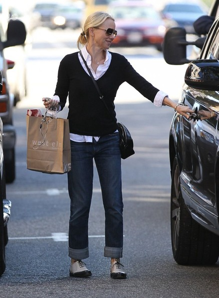 More Pics of Naomi Watts Boyfriend Jeans (3 of 31) - Naomi Watts Lookbook - StyleBistro