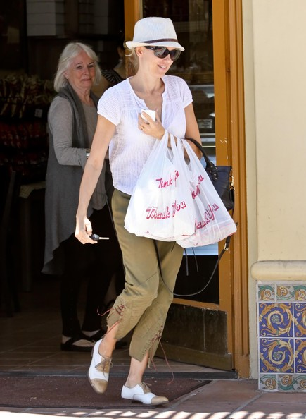 Naomi Watts Flat Oxfords