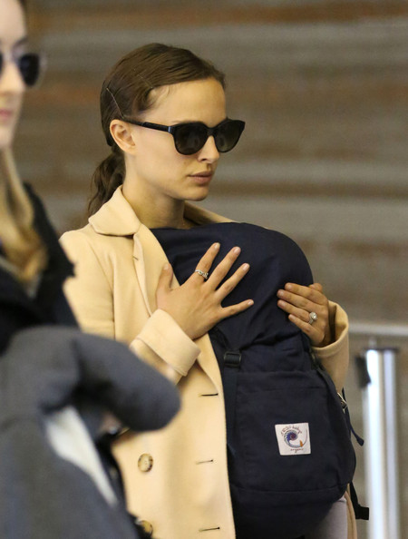 More Pics of Natalie Portman Ponytail (1 of 15) - Natalie Portman Lookbook - StyleBistro