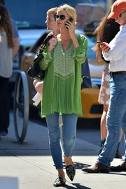 Nicky Hilton chose a pair of skinny jeans to team with her top.