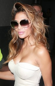 Nicole Scherzinger was retro-glam wearing these Dita oversized sunnies while out and about in New York City.